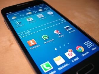 smartphone-325481_1920